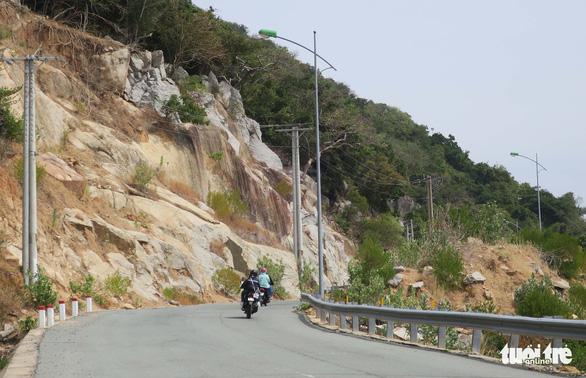 Cung đường ven biển đẹp ngất ngây về Sài Gòn - Ảnh 7.