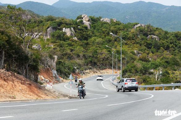 Cung đường ven biển đẹp ngất ngây về Sài Gòn - Ảnh 10.